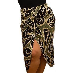 NWT Zara Leaf Print Tropical Midi Skirt